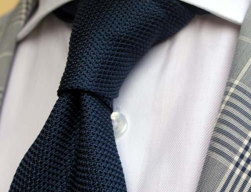 Le cravatte sono giovanili!! Per chi ancora non lo sapesse..